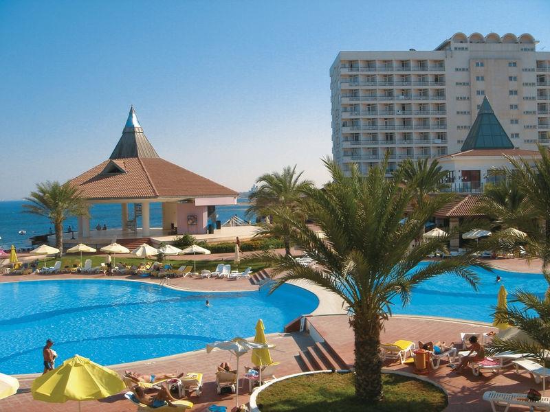 oblibeny-hotel-na-kypru-16-192