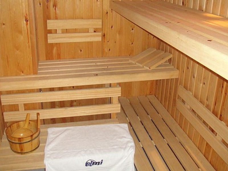 Elmi Suites