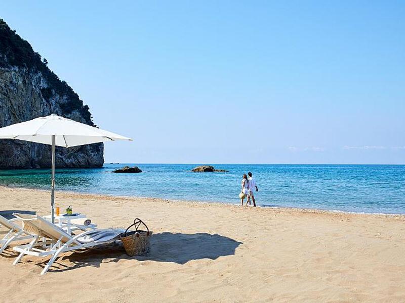 Aquis Aghios Gordios Beach