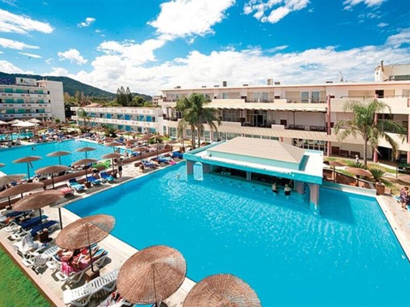Dodeca Sea Resort