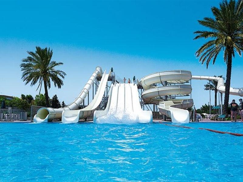 Family World Aqua Beach - Sunland & Matoula