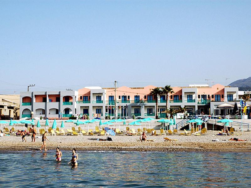 Flisvos Beach