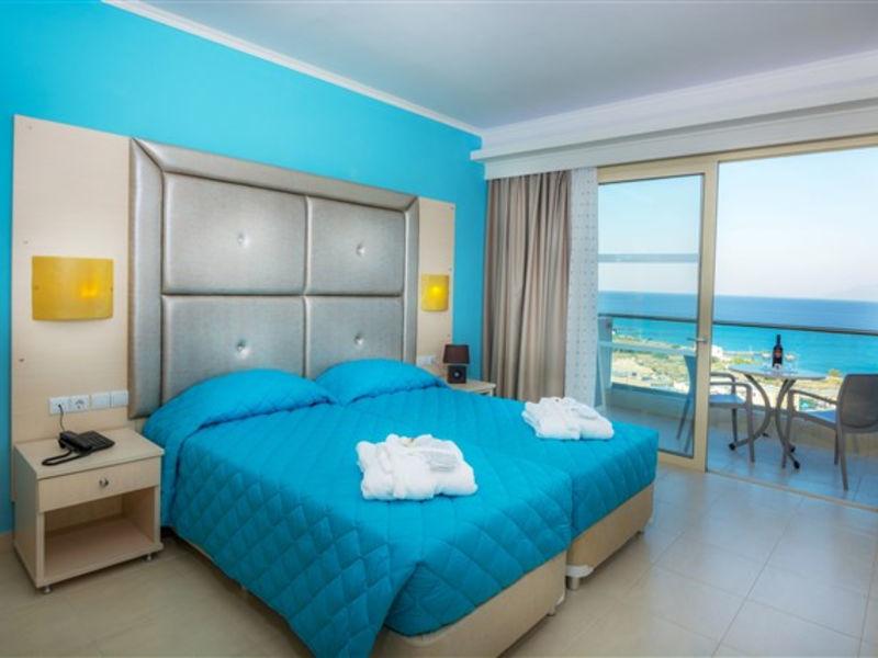 Grand Blue Beach