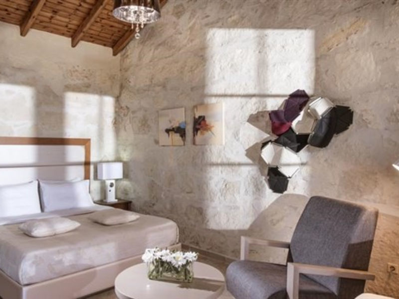 Happy Cretan Suites