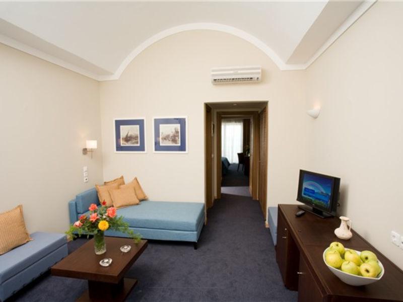 Lakitira Suites
