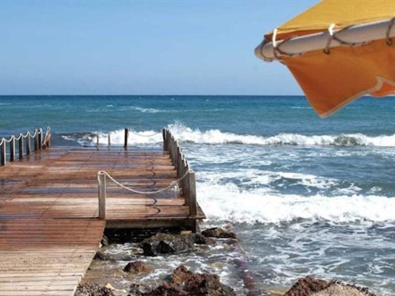 Mitsis Serita Beach