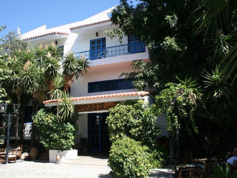 Oasis Hotel Bungalows