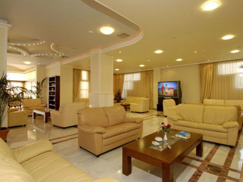 Selini Suites