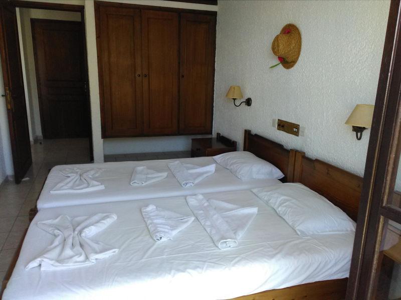Simple Hotel Marieta