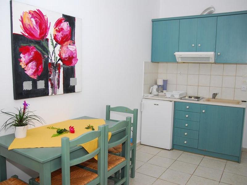 Elpis Studio Apartments