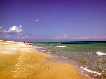 Pláž v Kelibii v Tunisku